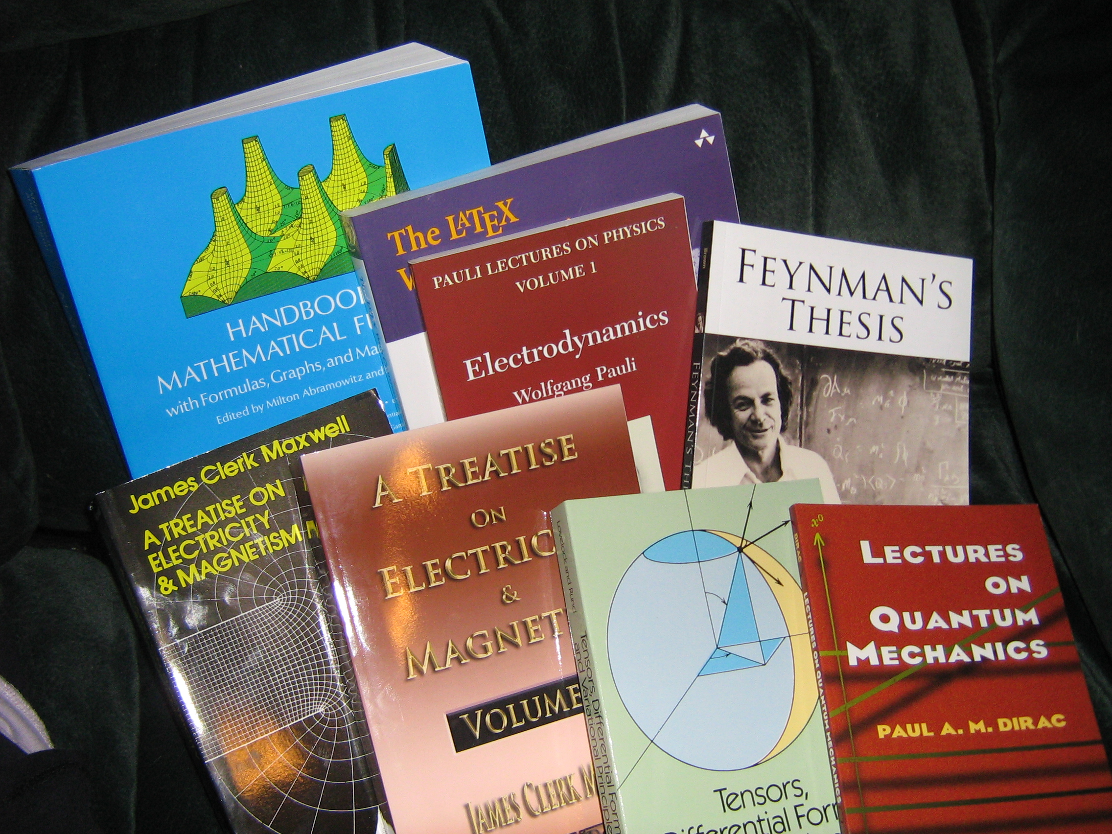 classical physics and the churchuring thesis